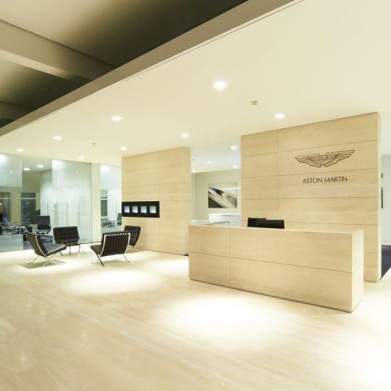 Aston Martin 38 s2500 550x550 - Aston Martin Wien Showroom
